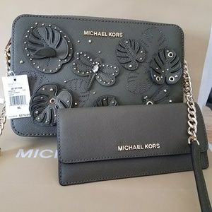 $430 special edition authentic michael kors